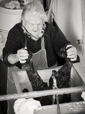 Francisca en el lavadero