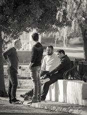 Reunión en los porches