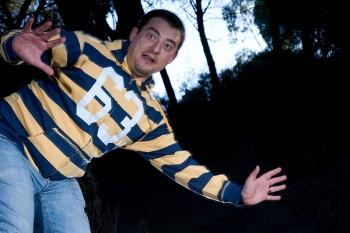 Oscar Fernandez probando la barrera